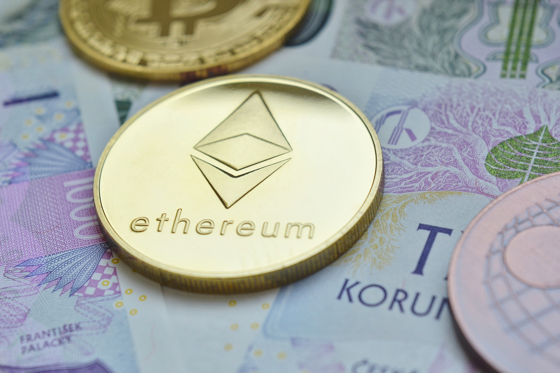 ETH User Pays $9,500 in Gas Fee for a $120 ETH Transaction