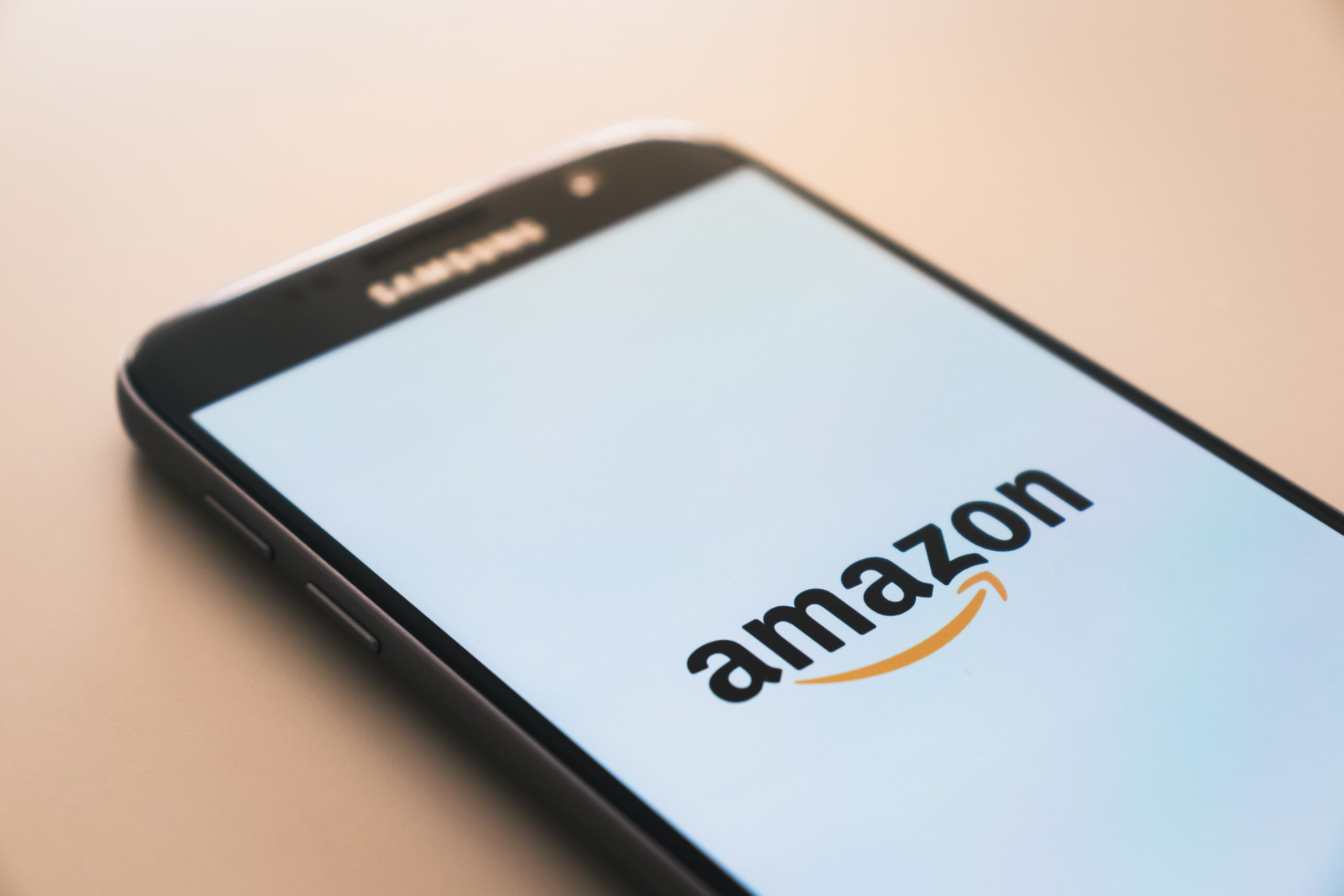 Amazon Denies Rumours About Accepting Crypto Payments